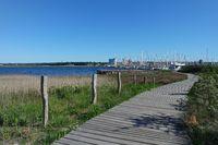Heiligenhafen, Blick vom  Graswarder zum Hafen