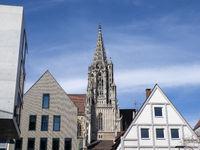 Ulm Minster between House Gabels - Ulm