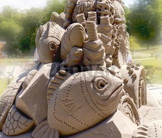 Sandkunst, Thema Unterwasserwelt, Detailaufnahme, Fische