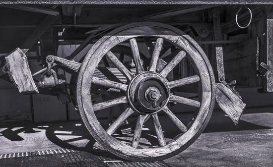 Das Rad am alten Karren
