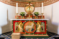 Altar with two angels and the Lamb of God