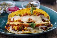 mexikanische Tacos mit Käse gebacken