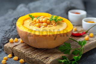Pumpkin soup with chickpeas and spices.