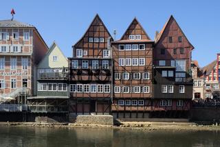 Lüneburg - Malerisches Fachwerk am alten Ilmenau-Hafen, Deutschland