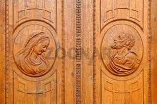 verzierte Türen im Dom zu St.Blasien Schwarzwald