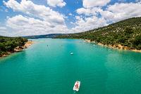 Lac de Stainte- Croix mit Tretbooten