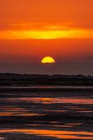 Goldener Sonnenuntergang am Strand-8.jpg