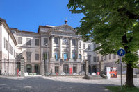 Front view of the Accademia Carrara