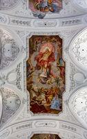Deckenmalerei in der Stiftskirche Neumünster – römisch-katholische Kirche St. Kilianssdom