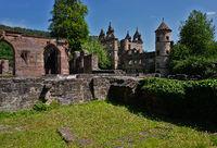 Klosteranlage Hirsau, Torturm des Jagdschlosses und Schlossruine