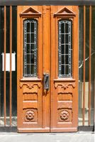 Schöne Holztür