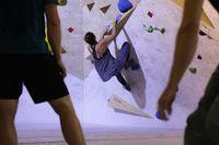Klettern Bouldern, Boulderhalle,