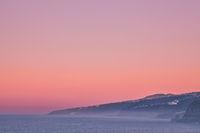 Auf der Kareninsel Teneriffa kann man sehr malerische Sonnenuntergänge erleben