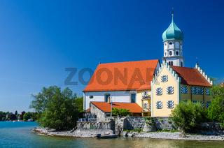 Kirche Sankt Georg in Wasserburg am Bodensee, Bayern, Deutschland