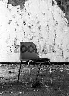 abgestellter Stuhl
