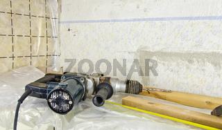 Werkzeug und Materialien bei Umbauarbeiten