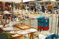 People Marolles flee market Brussels