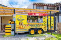 Panama Boquete resale of honey in an equipped caravan