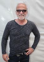 deutscher Schlagersänger Nino de Angelo bei Schlagerolymp in Magdeburg 2015