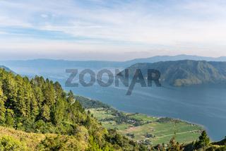 Blick zum Toba See auf Sumatra