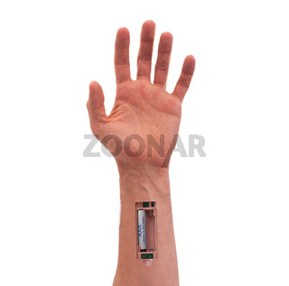 Robot - Insert the battery in the arm