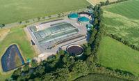 Biogasanlage aus der Luft Perspektive mit einer Drohne aufgenommen