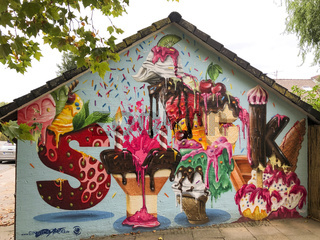 icecream mural by artist einsyckARTig