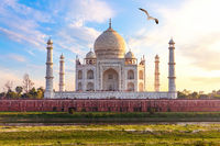 India, Taj Mahal complex, beautiful day view