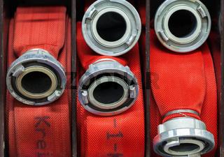 Feuerwehr Wasserschlauch aufgerollt