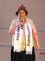 Josefine Lemke beim Auftritt zum