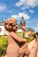 Statue im Kloster Seligenstadt im Kreis Offenbach in Hessen