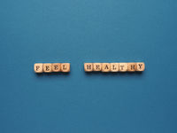 Feel healthy written with small wooden blocks