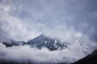 Berglandschaft im Winter. Fotografiert in Südtirol