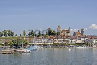 Rapperswil am Zürichsee mit Burg und Kirche St. Johannes