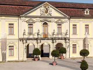 Seitenportal Schloss Ludwigsburg, Durchgang zum Innenhof