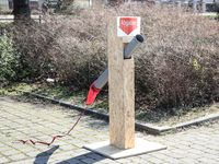 Röhrchen Abgabestelle an CORONA DRIVE IN STATION