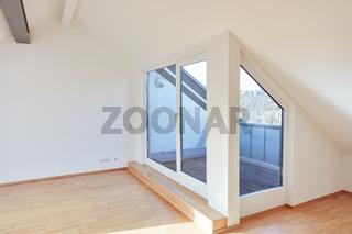 Moderne helle Dachgeschosswohnung mit Dachterrasse