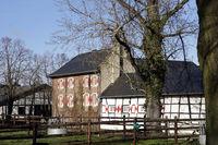 Burg Kleinvernich, auch Gürtzgensburg