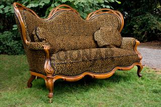 Sofa im Garten
