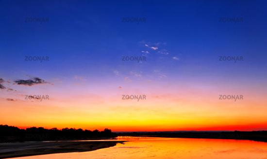 Sonnenuntergang am Luangwa, South Luangwa Nationalpark, Sambia   Sunset at Luangwa, South Luangwa Nationalpark, Zambia