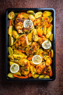 Baked lemon chicken with potates