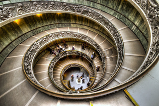 Treppe im Vatican Museum