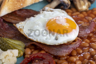englisches Frühstück auf dem Teller