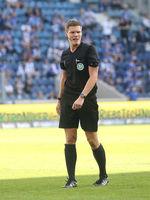 DFB-Schiedsrichter Florian Exner im 3.Liga Spiel 1.FC Magdeburg - Hallescher FC am 20.09.2020 in der MDCC Arena Magdeburg
