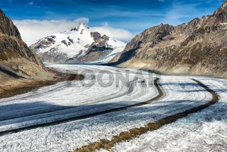 Gletscherstrasse Moräne Aletschgletscher Schweiz