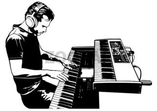 Musiker, der auf den Klaviertasten des Tastatursynthesizers