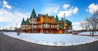 Wooden palace in Kolomenskoye. Winter landscape with snow