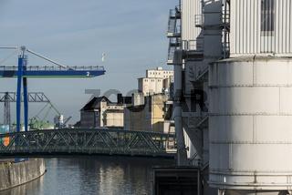 Osthafen mit Getreidemühle in Frankfurt
