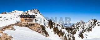 Rotwandhaus und Ruchenköpfe im Winter