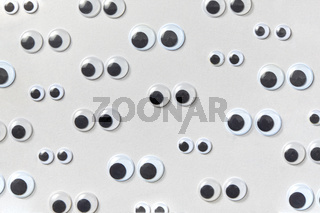 Horizontal pattern from plastic Googly eyes.
